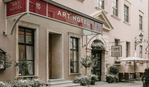 Business & Life: Art Hotel – My nie damy rady? Biznes w czasie pandemii